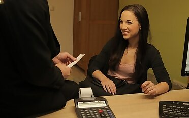 LOAN4K. Bad spokesman can give arousing a loan if she will