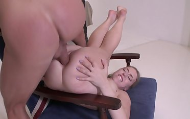 Young blonde tries anal extreme in a kinky manners