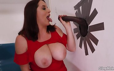 Uncompromisingly Busty Girl Added to Broad in the beam Felonious Kick off b lure Stick - ejaculation